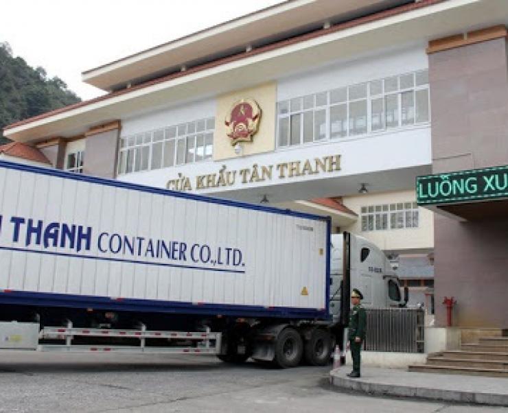 Ngừng thông quan vì dịch Corona: Cần hỗ trợ doanh nghiệp xuất khẩu nông sản dự trữ hàng hóa